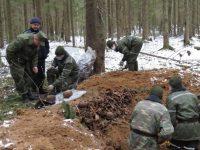 Апрель 2017 года, 52-й поисковый батальон на раскопках в Хайсах. Источник: sb.by